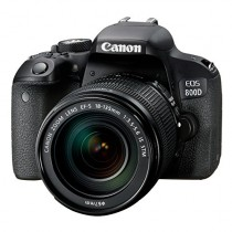 Canon EOS 800D (KIT) con EF-S 18-135mm IS STM