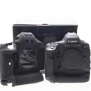 Canon EOS 1D X Mk III (18.000 scatti)