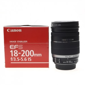 18-200mm f/3.5-5.6 IS Canon EF-S