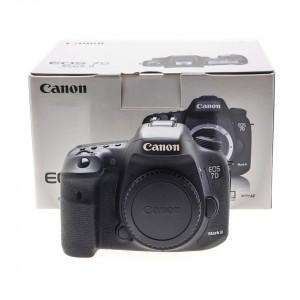 Canon 7D Mk II (Body) (20.000 scatti)