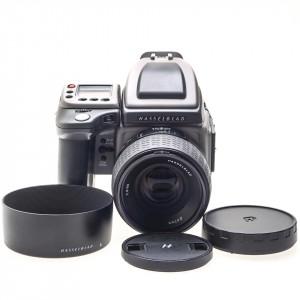 Hasselblad H4D-31 (5000 scatti) + 80mm f/2.8