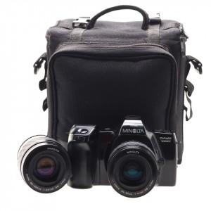 Minolta Dynax 7000i + 35-80mm f/4 AF + 80-200mm f/4.5-5.6 AF