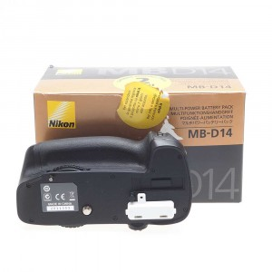 Nikon MB-D14 (Nital)