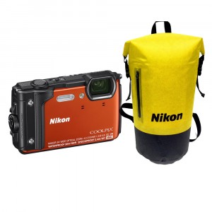 Nikon COOLPIX W300 Holiday Kit Orange