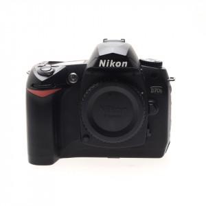 Nikon D70s body (11.530 scatti)