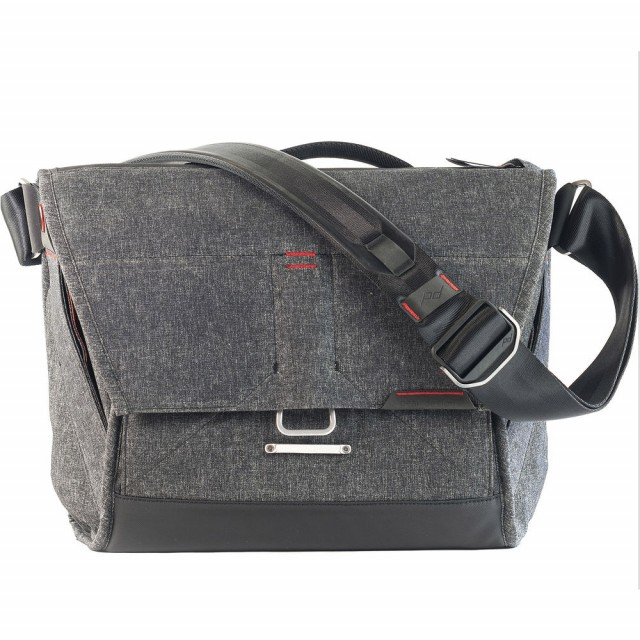 "Peak Design The Everyday Messenger 13"" Charcoal Grey"