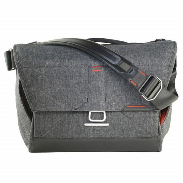 Peak Design - The Everyday Messenger - Charcoal Grey