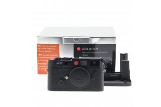 Leica M7 0.72 Black Chrome (10503) + Hand Grip + Motor Winder