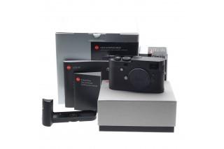 Leica M-Monochrom (Black) con HandGrip